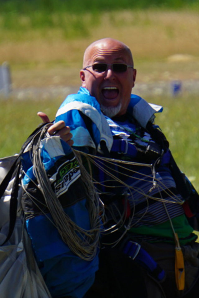 Chris Lattig AFF and Tandem Instructor at PNW Skydiving Center