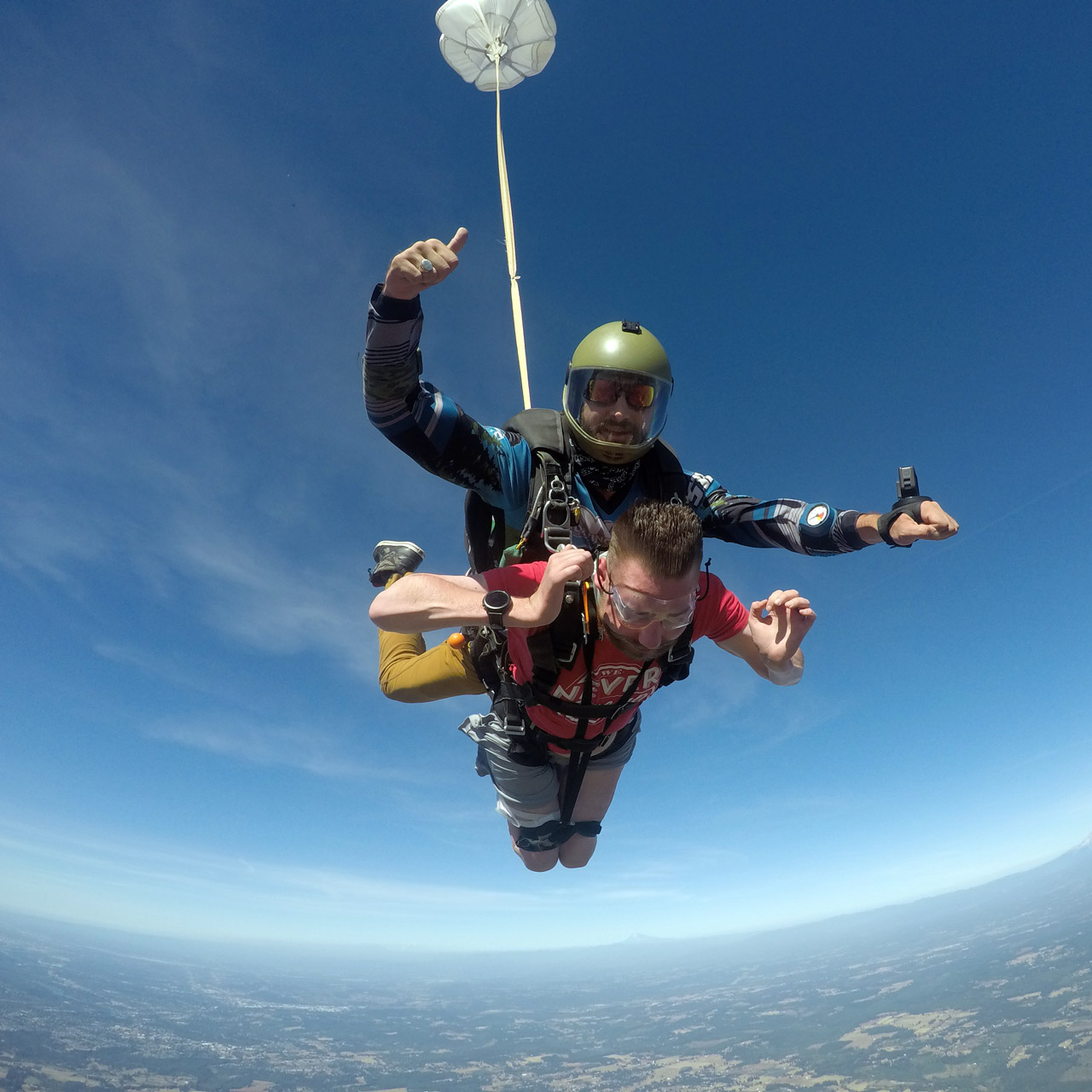 Male tandem skydiving student with a disability skydiving at PNW Skydiving Center near Portland, OR