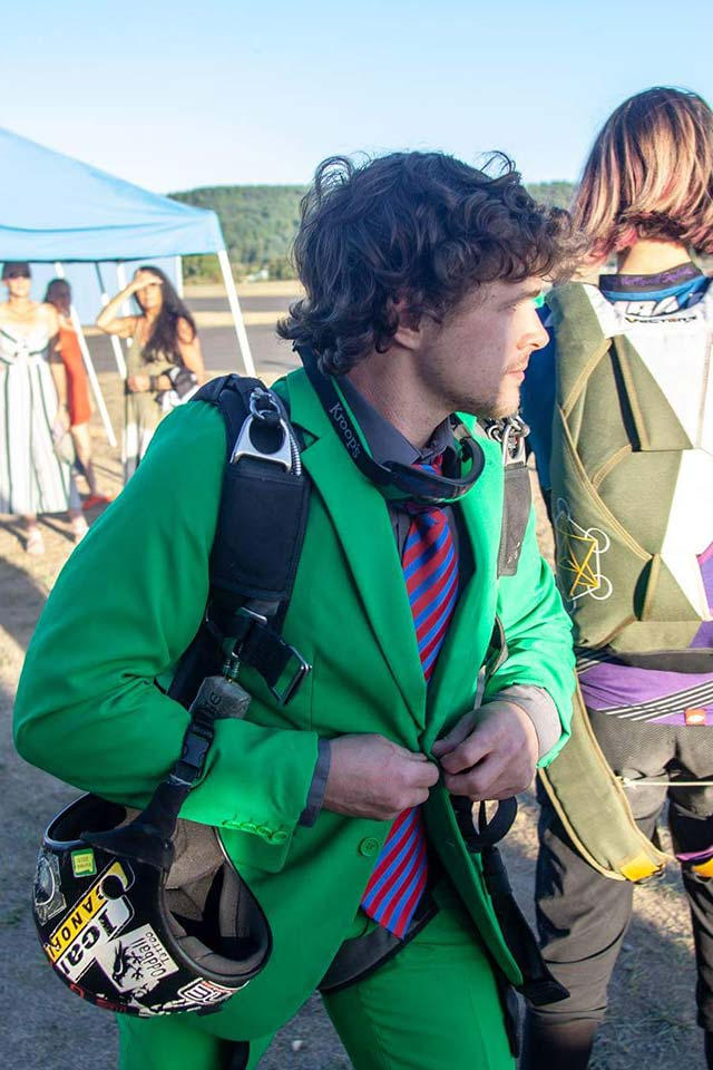 Kevin Marcus USPA Coach and Videographer at PNW Skydiving Center